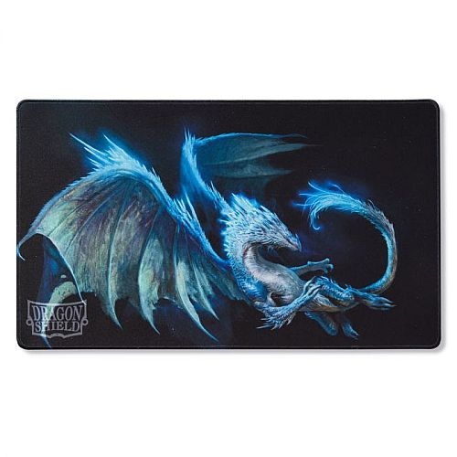 Spillemåtte (Playmat) - Dragon Shield: Night Blue - Botan, Midnight Visitor #AT-21542-LIM *Limited Edition*